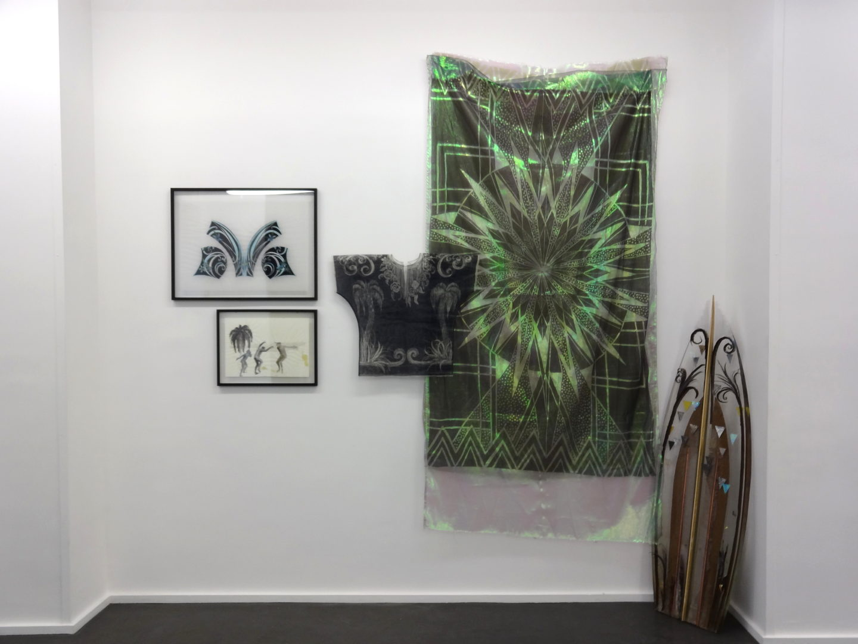 Stratocaster - Vue de l'exposition Snake Dance, Galerie Maïa Muller - 2016