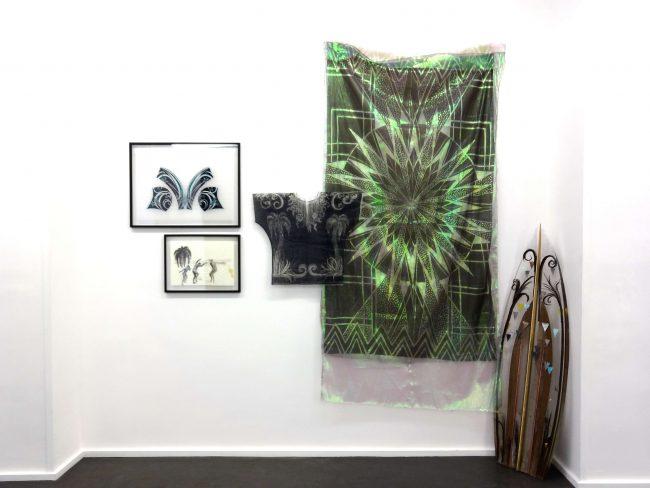 Stratocaster, Installation - Vue de l'exposition Snake Dance, Galerie Maïa Muller 2015