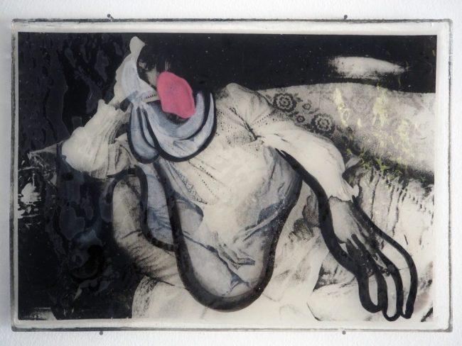 Oblomou - Impression, encre, chewing-gum, résine - 30 x 40 cm - 2015