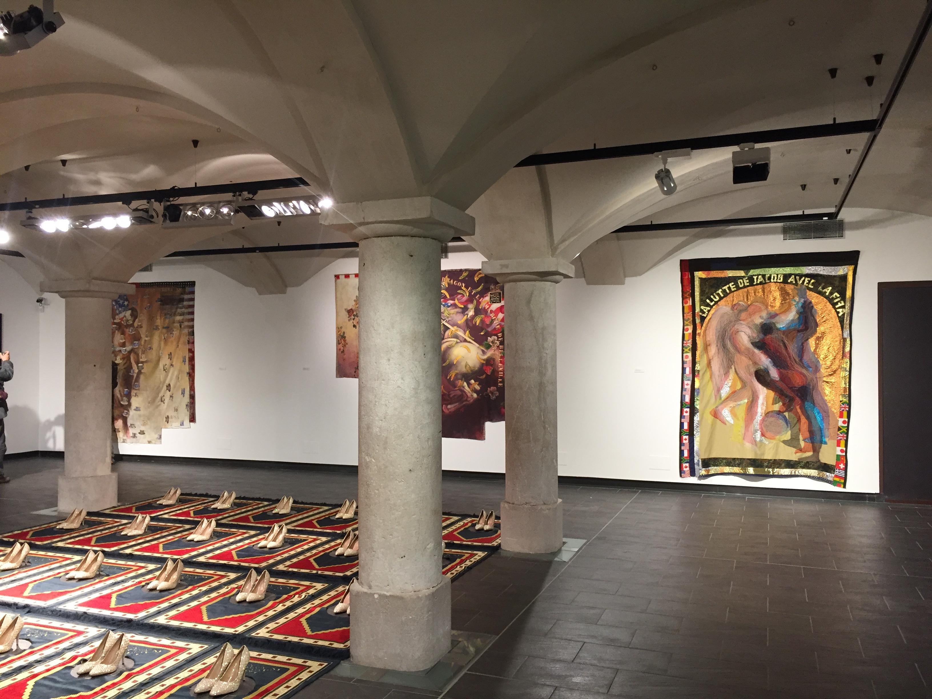 Vue de l'exposition D'un monde à l'autre - Fondation pour l'art contemporain Claudine et Jean Marc Salomon, Abbaye Annecy, 2017