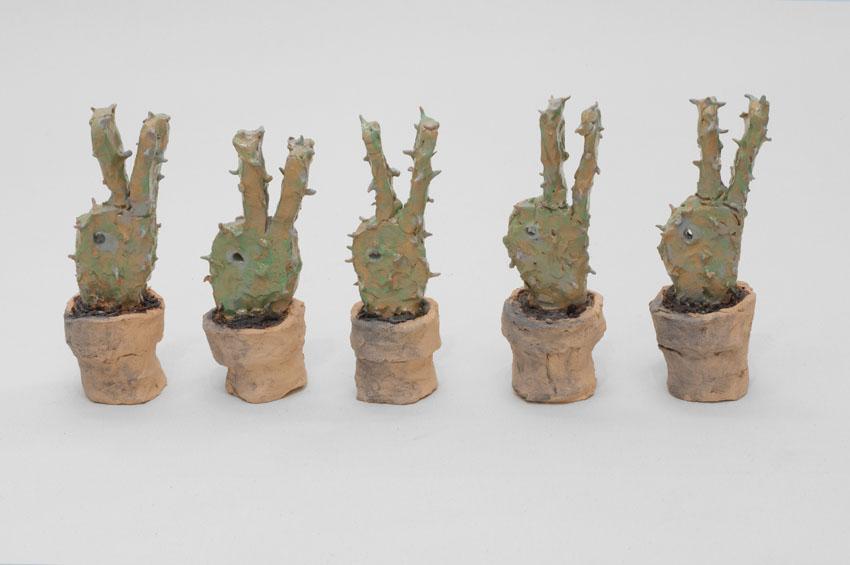 BORNSTÜCK Cactus pour Wittgenstein - Edition de 5 - je 22 x 7 x 8cm - Céramique émaillée - 2018